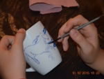 Warsztaty plastyczne – malowanie na ceramice.