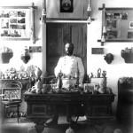 Leon Barszczewski w swoim muzeum